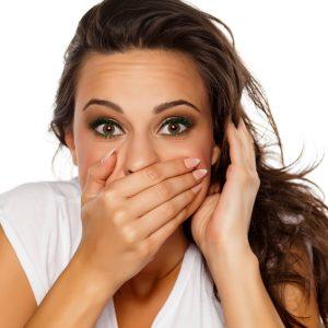 10 ejemplos de lenguaje corporal femenino